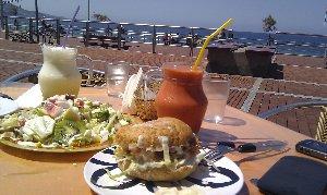 Un hamburguesa vegetariana que puedes comer en Naturalis en Las Palmas